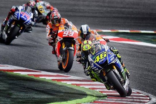Bukti Rossi Lorenzo Dan Marquez Pernah Senggol Rider Lain