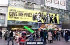 4 Makna Tulisan Give Me Five Di Wearpack Marquez
