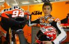 Video Marquez Menyikut Corsi Hingga Keluar Trek