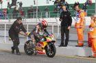 Aksi Fenomenal Marquez! Menang Setelah Crash Saat Restart