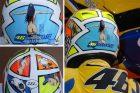 Siapa Cewek Telanjang Di Helm Rossi Mugello 2006?