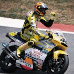 """Rossi Juara Dunia 2001 Tak Pakai Motor """"Full Satellite"""""""