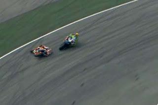 Interview Rossi Terkait Tuduhan Menendang Marquez Di Sepang